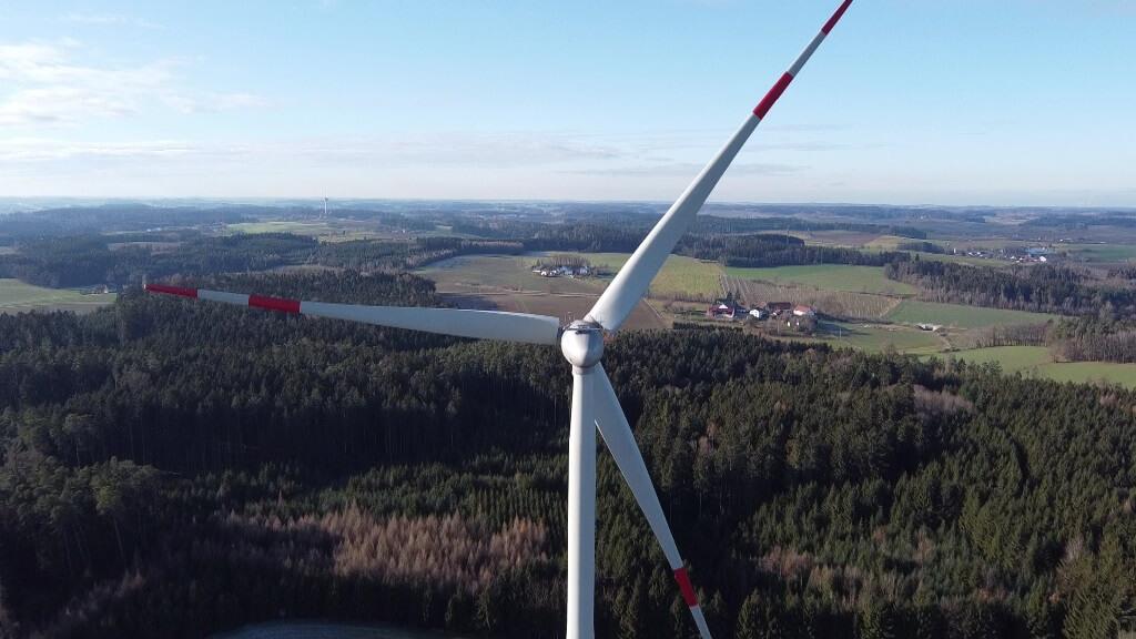 Windkraftanlage bei Pfeffenhausen