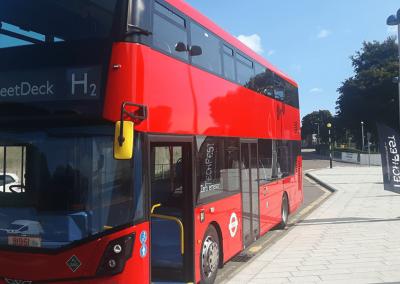 wrightbus-streetdeck-brennstoffzellenbus-fuel-cell-bus-2019-aberdeen-min